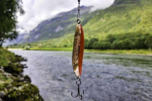 hjemmelaget sluk brukt under laksefiske